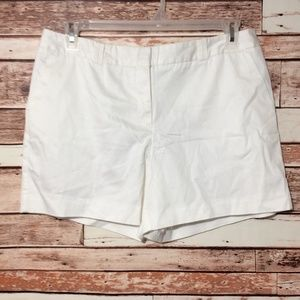 WORTHINGTON Shorts Size 12 white modern fit chino